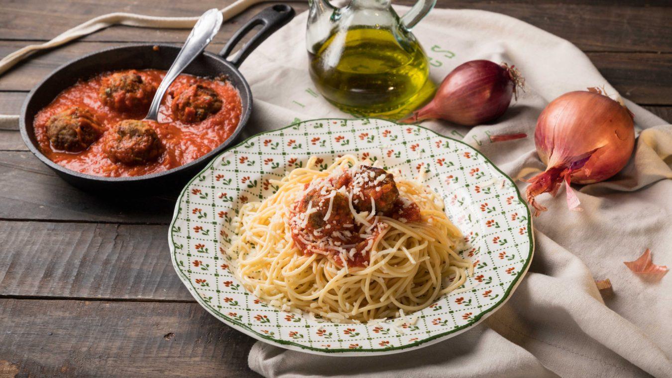 REC_spaghetti_keftedakia.jpg