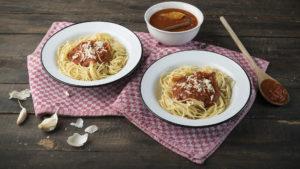 Σπαγγετίνη MISKO με παραδοσιακή κόκκινη σάλτσα